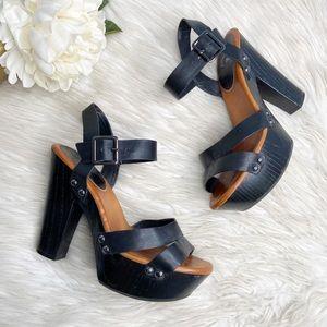 Gianni Bini Black Leather Block Platform Sandals